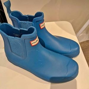 Hunter blue Chelsea rain boots